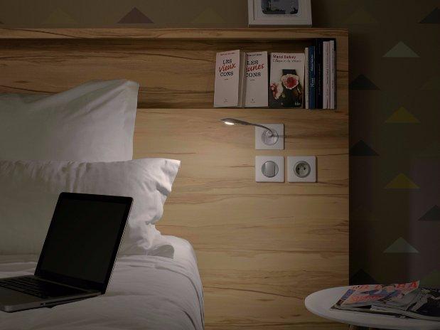 détail liseuse chambre de Fred
