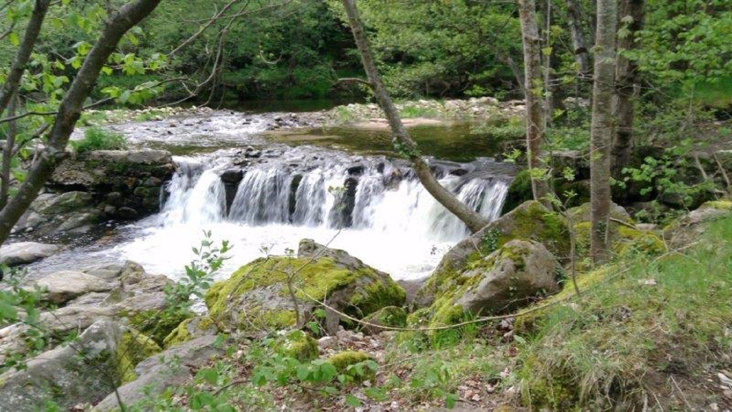 riviere Le Doux camping de retourtour 3 étoiles bord de rivière ardèche verte