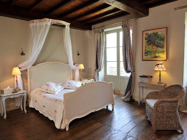 Chambre Figuier-chambres d'hôtes de charme-perigord-villereal-monflanquin