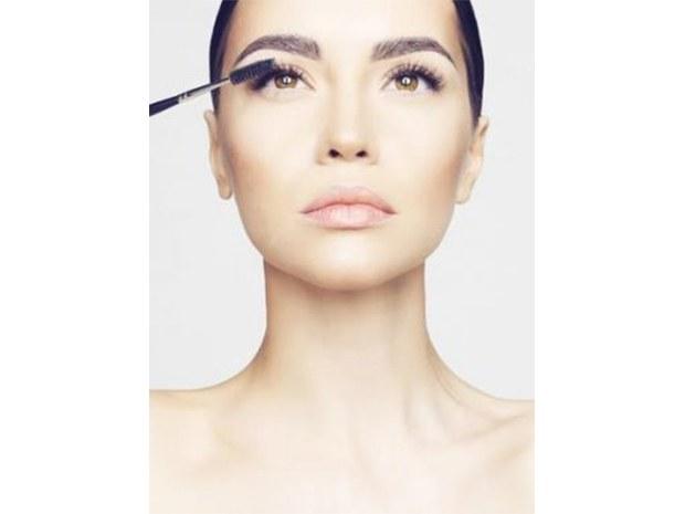 maquillage-permanent-paris-pour-les-cils