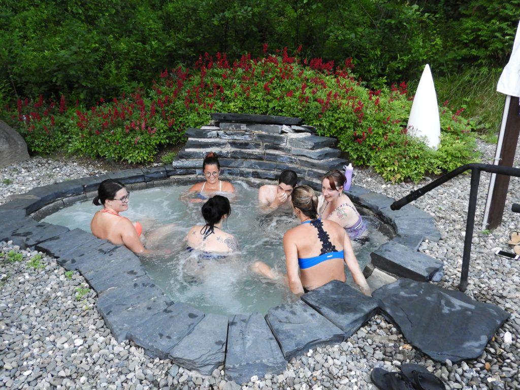 auberge-spa-lac-pohénégamook-piscine-exterieure