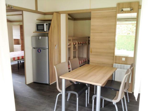 Mobil-home pavillon camping familial Isère nature parc aquatique