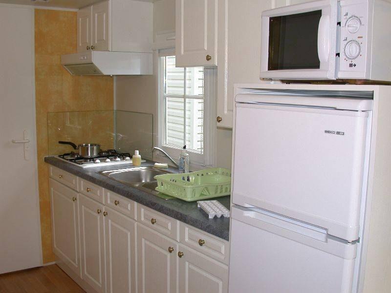loggia confort + cuisine camping familial piscine Aveyron lac de pareloup