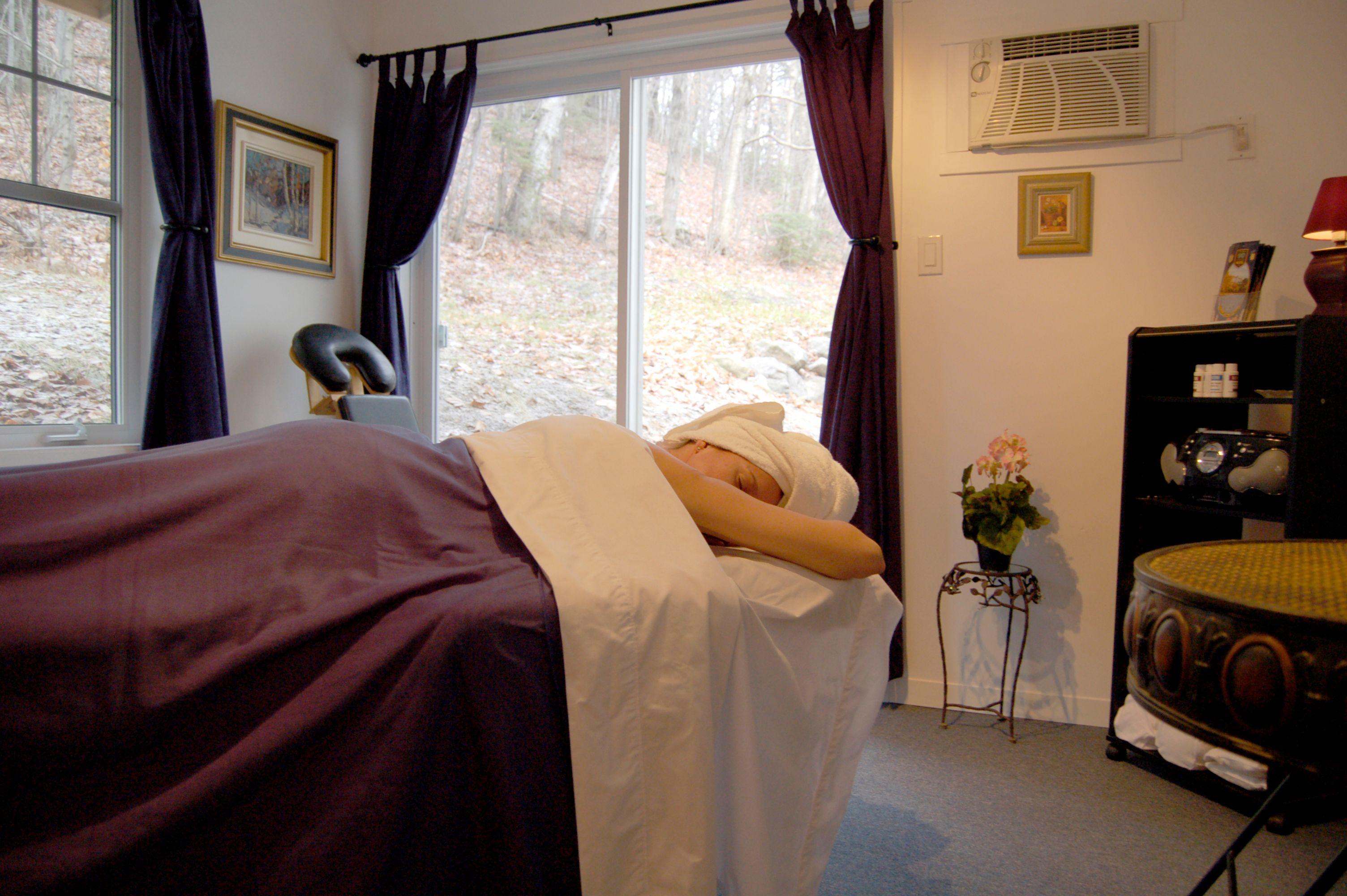 spa-laurentides-détente-lit-massage