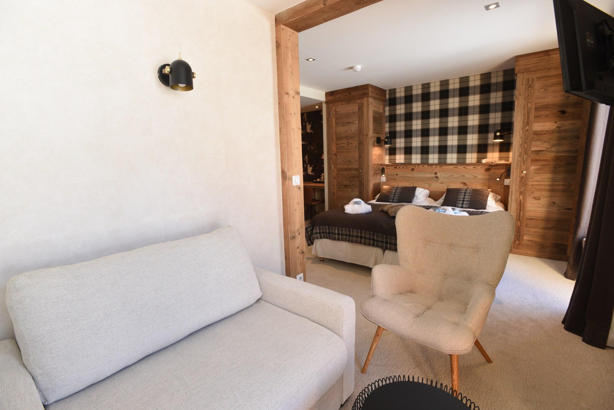 hotel-4-étoiles-val-isere-chambre-supérieure-lit