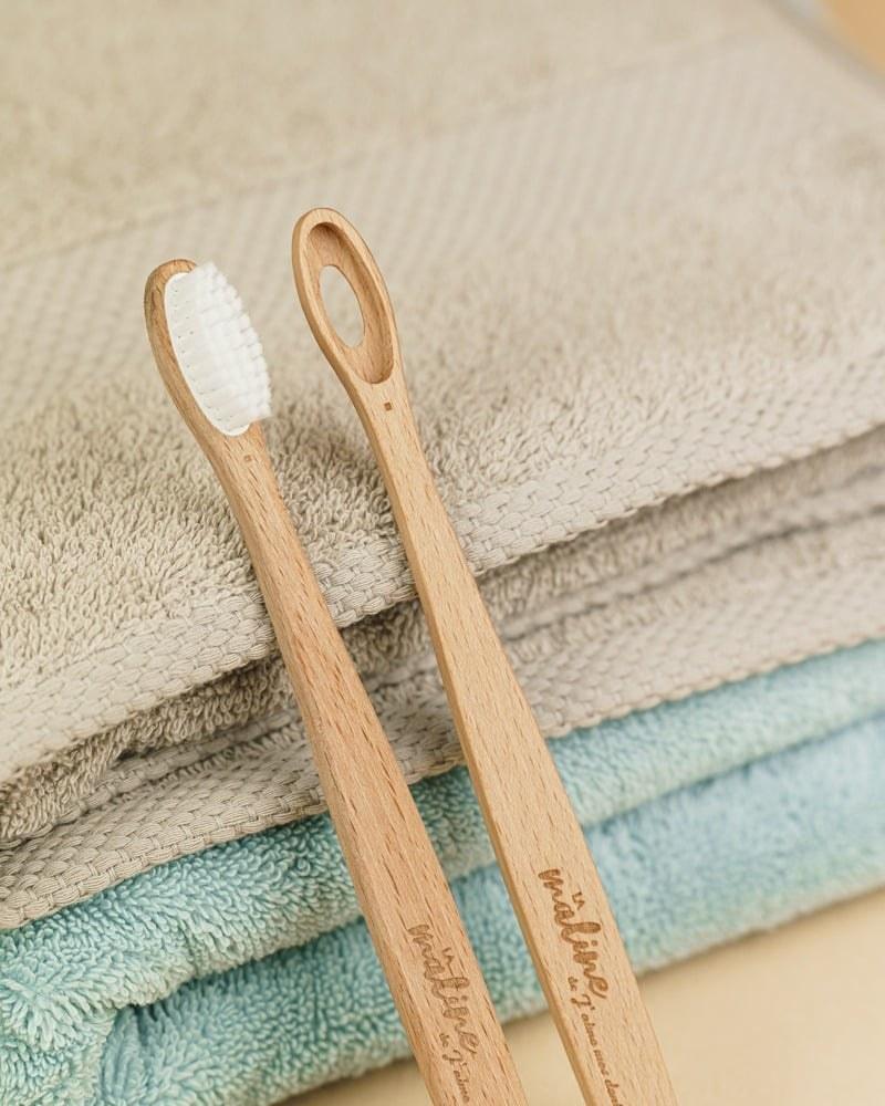 brosse-a-dents-bois-1