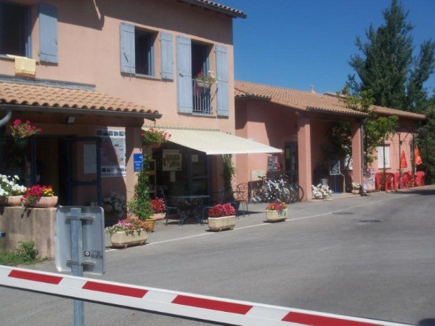 Accueil camping familial carpentras provence Vaucluse