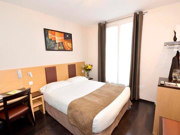 Chambre Double ou Lits Jumeaux (Chambres) de Hôtel - Paris 17 ...