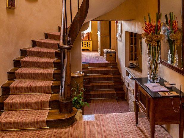 Cuq en Terrasses escaliers