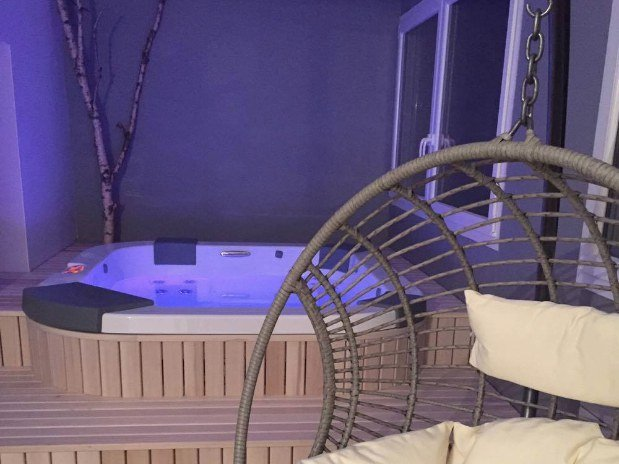 SPA Hotel Le Bout du Monde Cantal