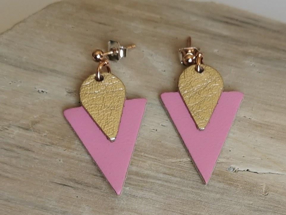 boucles-d-oreilles triangle rose de ni une ni deux