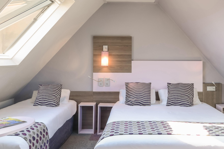 hotel-pere-lachaise-nation-chambre-triple-1