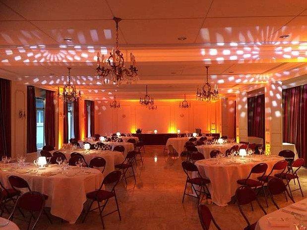 Salle-Reunions-Séminaire-Hotel-Spa-Restaurant-Maison-Tirel-Guerin