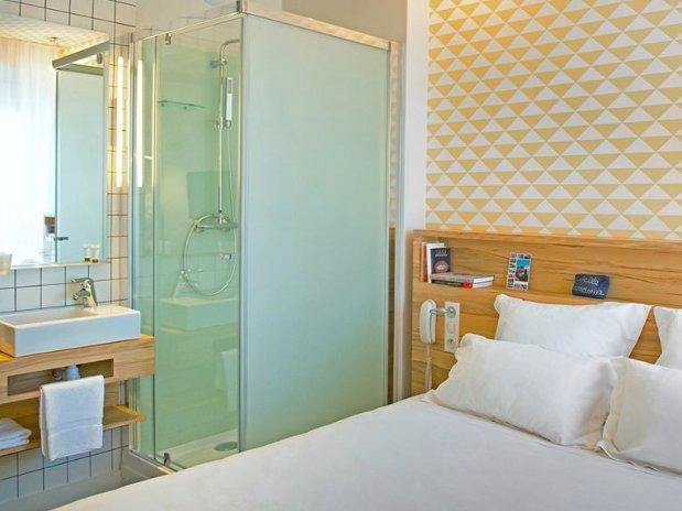 beatrix guest room
