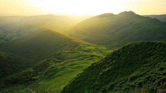 Soleil Levant Montagne Cantal