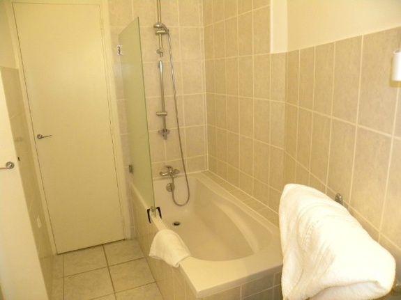 bathtub from superior room