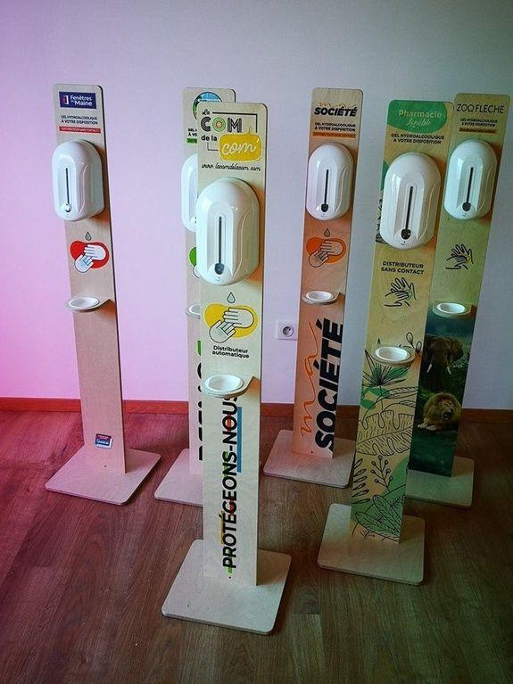 Distributeurs gel hydroalcoolique bois