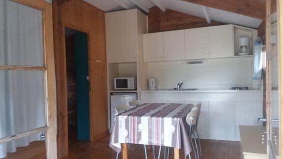 pareloup salon camping familial piscine Aveyron lac de pareloup