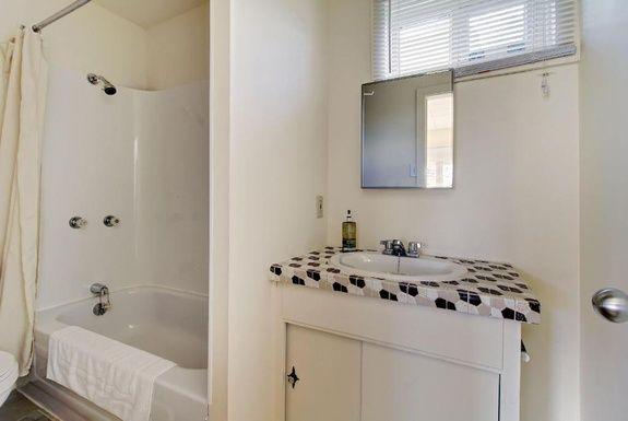 hébergement-proche-rimouski-appartements-salle-de-bain