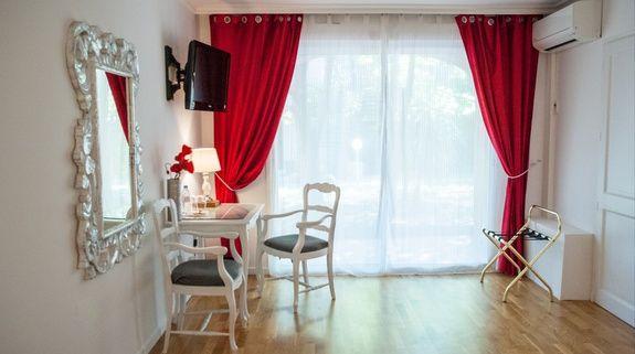 hotel-centre-ville-avec-piscine-en-salon-provence