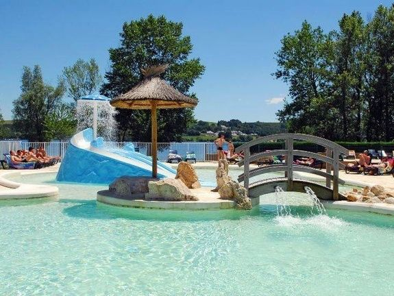 Piscine caussanel