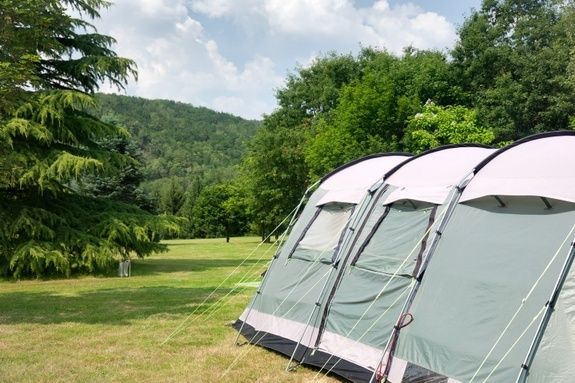 Emplacements 180m² camping chambon piscine nature familale (2)