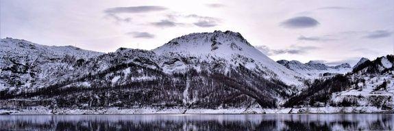 hotel-tignes-le-lac-paysage-neige-montagne
