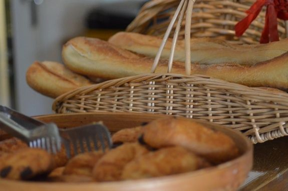 commande pain viennoiserie camping