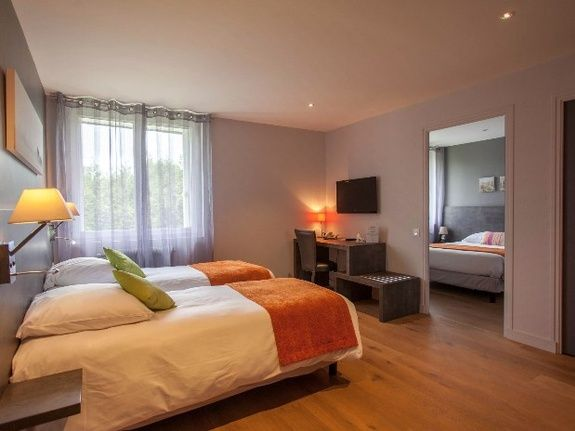 cozy-hotel-cosy-d-affaires-Morlaix-chambre-PMR-famille