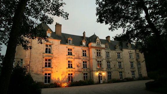 Das Château bei Nacht