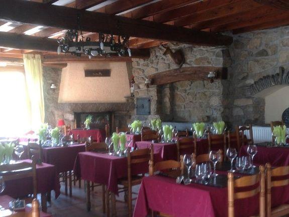 Salle interieur Restaurant Auberge les saveurs d'Azun
