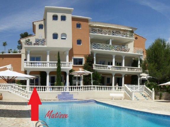 Matisse-chambres-d-hotes-a-Saint-Raphael-Frejus-salle-de-bain-baignoire