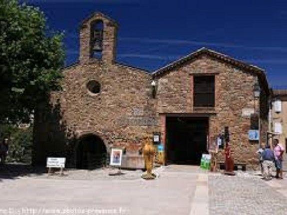 village centre-saint-raphael-fréjus-var-chambres-location_meublé-vacances_dans_le_var
