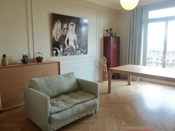 architecte-decorateur-interieur-salon-bois-fauteuil