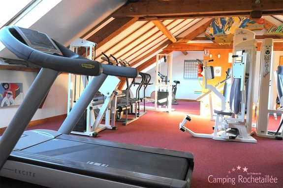 salle-fitness-camping-bourg-oisans