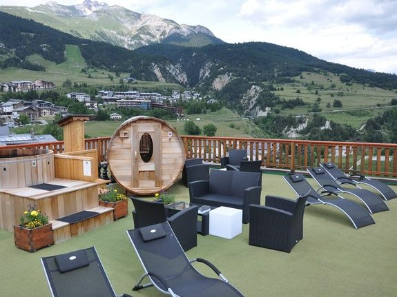 Hotel du Soleil Assois Solarium