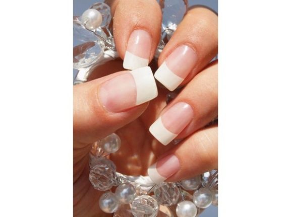 beauty-bar-one-rennes-beaute-des-ongles-extension
