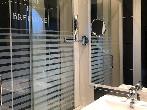 salle de douche = double