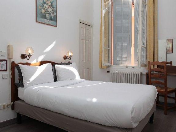 hotel-restaurant-alpes-maritimes-chambre-double-standard