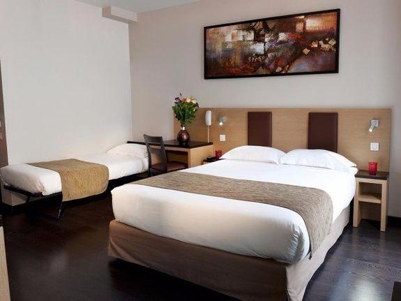 Source hôtel - hôtel familial - 3 étoiles - Paris 17 - Paris 18 - Montmartre - Sacré coeur - pigalle - moulin rouge - stade de france - pas cher