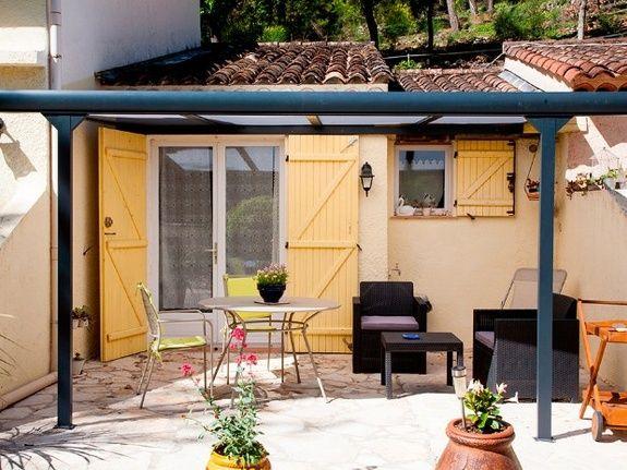 La terrasse-chambre d'hôtes le pigeonnier