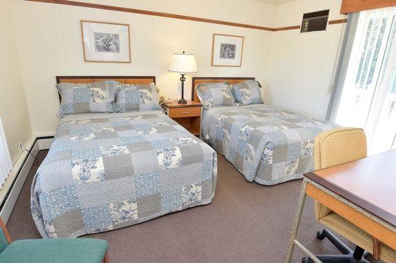 motel-st-simeon-charlevoix-chambre-evangeline-deux-lits