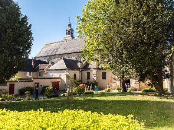 gite-hautvillers-abbaye-village