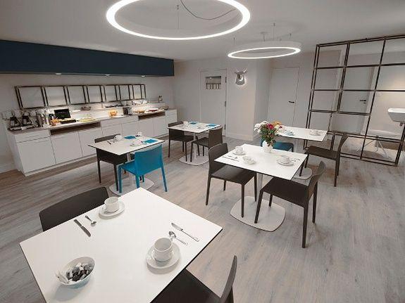 Salle-petit-dejeuner-hotel-du-port-morlaix