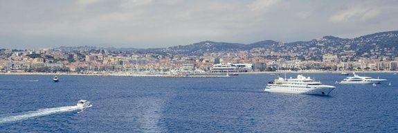 hotel-le-florian-paysage-cannes-mer-bateau
