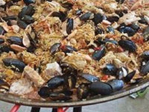 paella camping de retourtour 4 etoiles ardeche riviere piscine