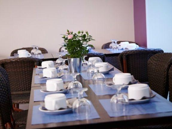 petit-déjeuner hotel Kyriad Paris canal saint martin