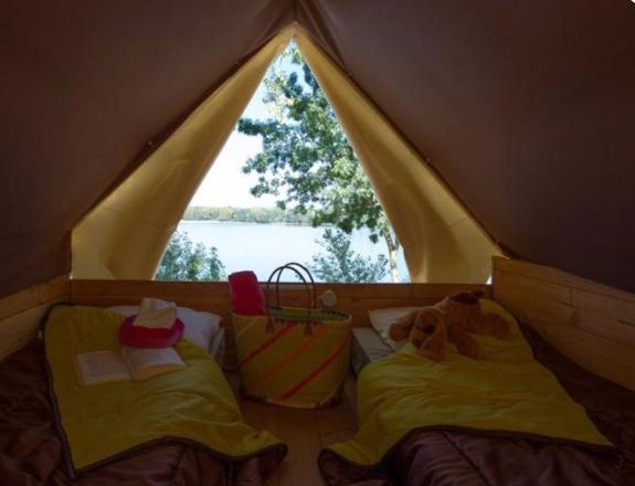 Bivouac tente pilotis camping vercors drome piscine chauffée lac