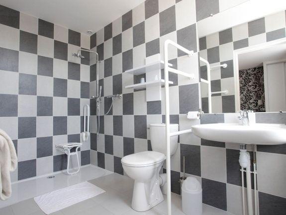 double PMR = salle de bains