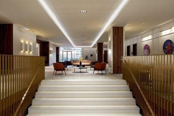 ballroom-montreal-staircase